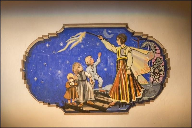 Sabile_Abavas tautas nams_Žaņa Sūniņa griestu gleznojumi (2)