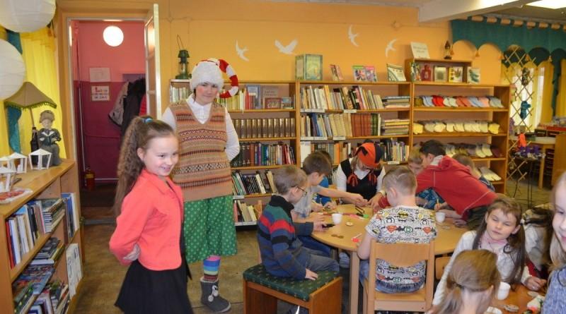 Sabiles bernu biblioteka_Ziemassvetku rotajumu gatavosana (12)