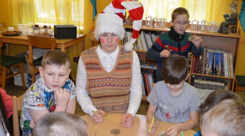 Sabiles bernu biblioteka_Ziemassvetku rotajumu gatavosana (5)