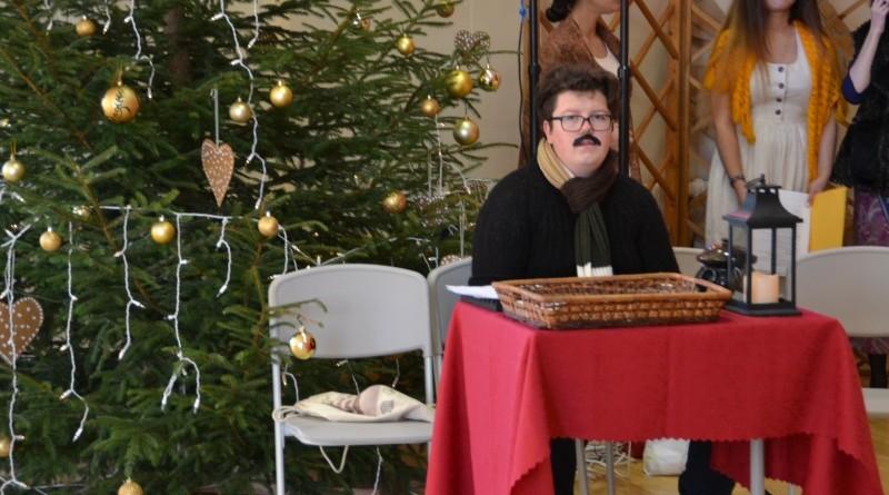 Ziemassvētki Sabiles pamatskolā (1)