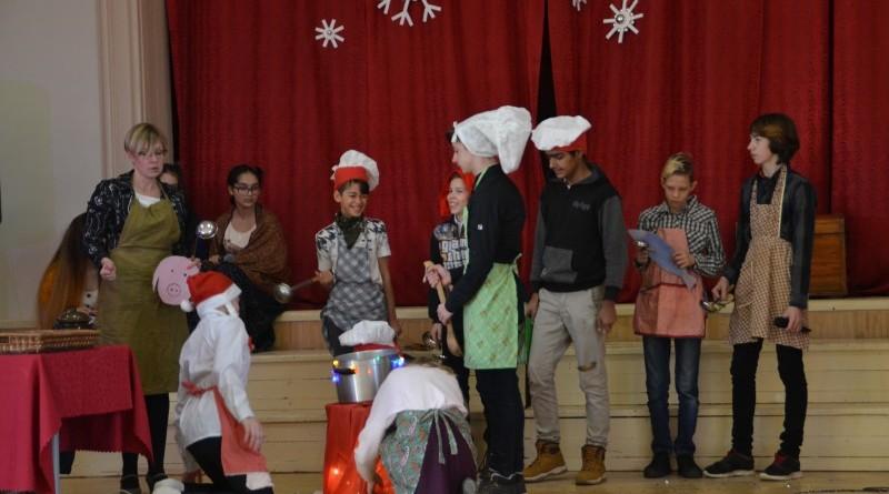 Ziemassvētki Sabiles pamatskolā (23)
