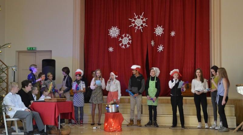 Ziemassvētki Sabiles pamatskolā (24)