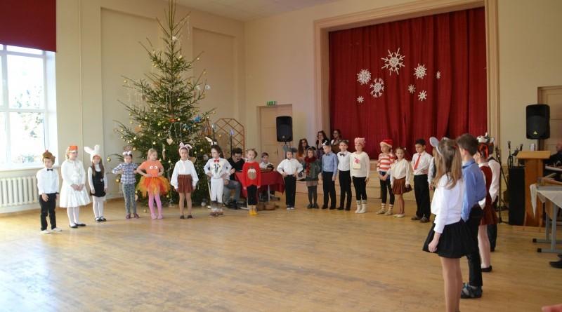 Ziemassvētki Sabiles pamatskolā (35)