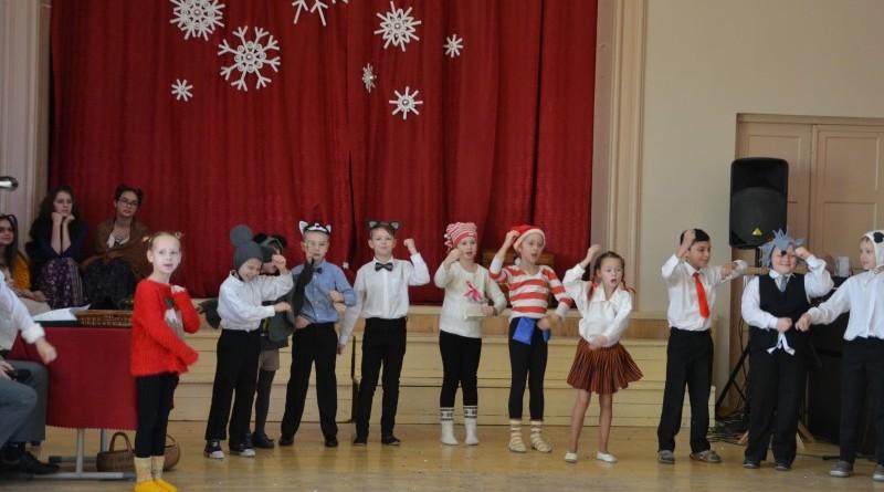 Ziemassvētki Sabiles pamatskolā (38)