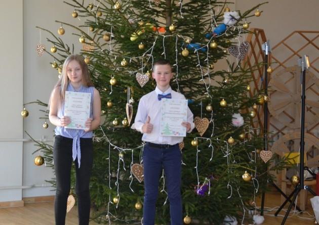 Ziemassvētki Sabiles pamatskolā (51)