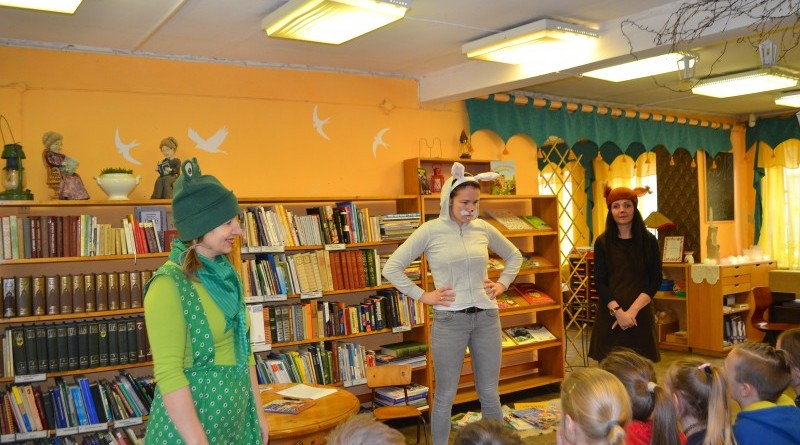 Pirmklasnieku iepazistinasana ar biblioteku (1)