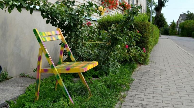 Krēsls_pie Rīgas ielas 27
