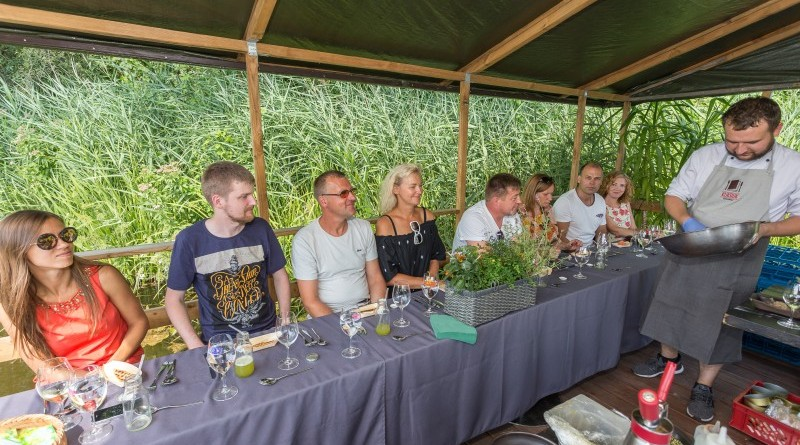Kuk Buk pop up restorans uz Sabiles plosta Sabiles Vina svetkos (10)