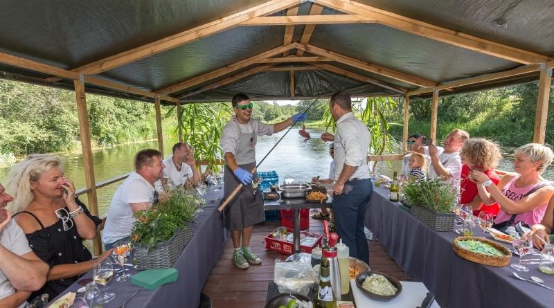 Kuk Buk pop up restorans uz Sabiles plosta Sabiles Vina svetkos (12)
