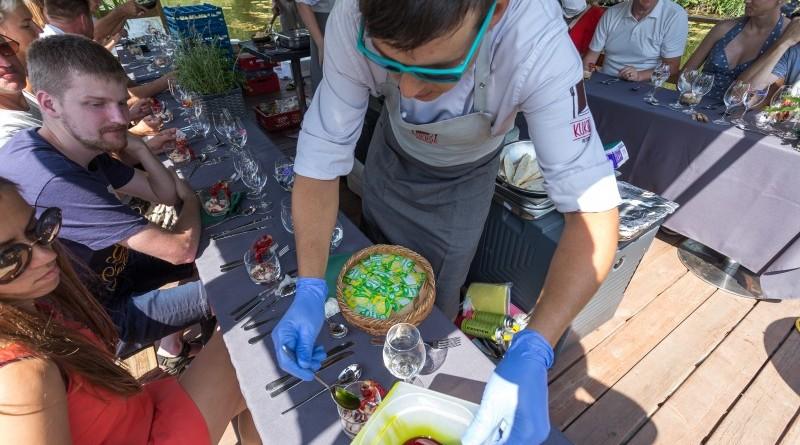 Kuk Buk pop up restorans uz Sabiles plosta Sabiles Vina svetkos (16)