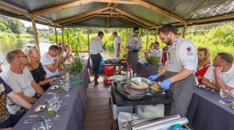 Kuk Buk pop up restorans uz Sabiles plosta Sabiles Vina svetkos (5)