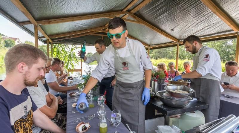Kuk Buk pop up restorans uz Sabiles plosta Sabiles Vina svetkos (7)
