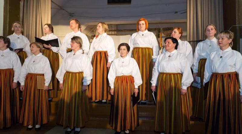 Latvijas valsts simtgades svinības Abavas tautas namā 2018. gada 17. novembrī (16)