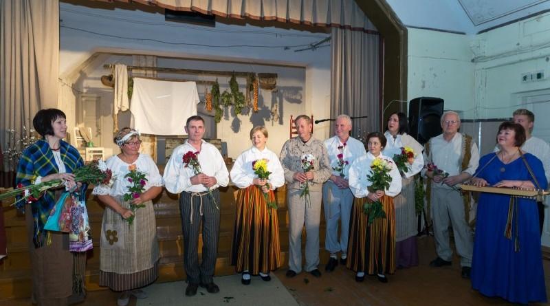 Latvijas valsts simtgades svinības Abavas tautas namā 2018. gada 17. novembrī (33)