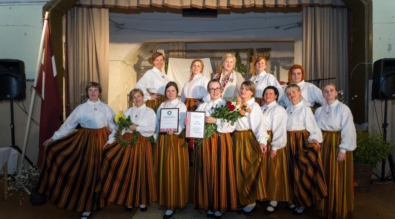 Latvijas valsts simtgades svinības Abavas tautas namā 2018. gada 17. novembrī (34)