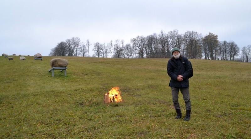 Ojāra Feldberga Latvijas simtgadei veltītā vides mākslas objekta 99+1=100 atklāšana (1)