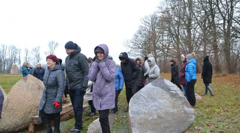 Ojāra Feldberga Latvijas simtgadei veltītā vides mākslas objekta 99+1=100 atklāšana (30)