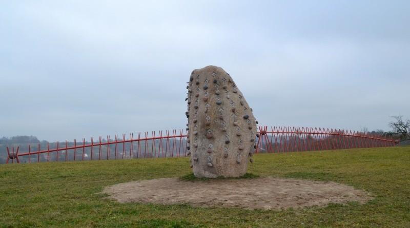 Ojāra Feldberga Latvijas simtgadei veltītā vides mākslas objekta 99+1=100 atklāšana (37)