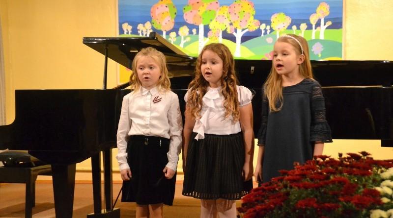 Sabiles mūzikas un mākslas skola_Lāčplēša dienas koncerts_2018 (3)