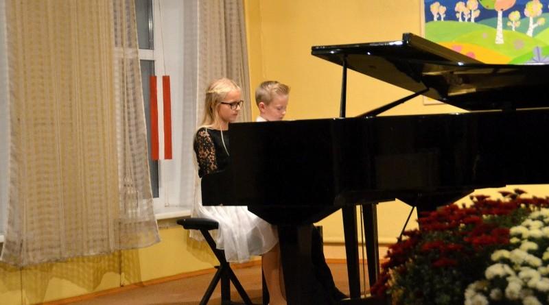 Sabiles mūzikas un mākslas skola_Lāčplēša dienas koncerts_2018 (4)