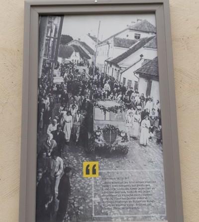 Senas fotogrāfijas Sabilē uz Rīgas ielas (10)