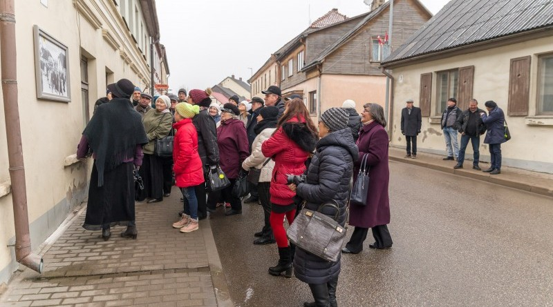 Senas fotogrāfijas Sabilē uz Rīgas ielas (4)