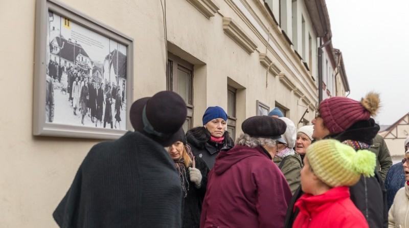 Senas fotogrāfijas Sabilē uz Rīgas ielas (5)
