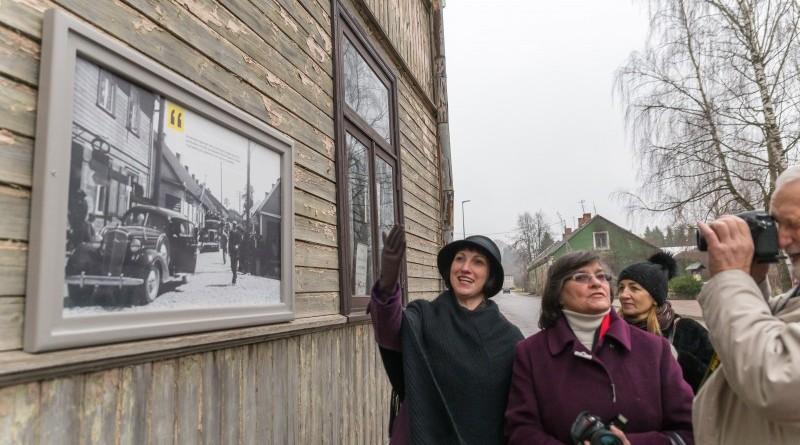 Senas fotogrāfijas Sabilē uz Rīgas ielas (8)