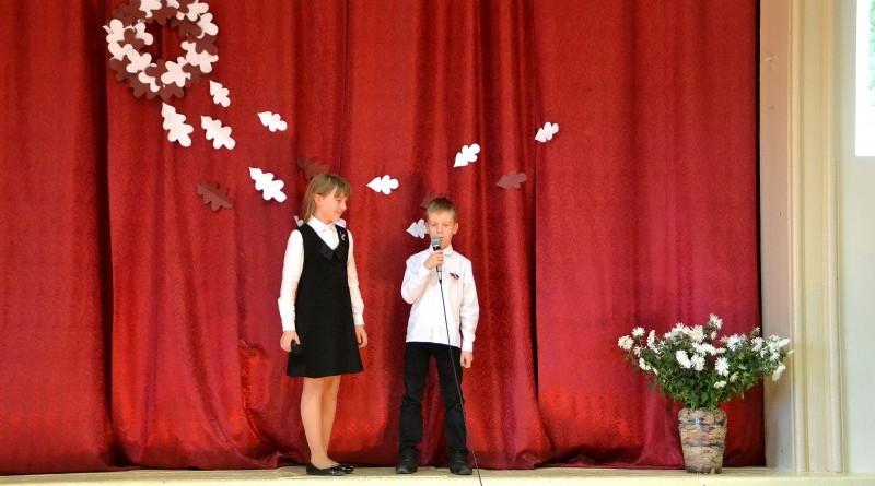 Valsts svētku koncerts Sabiles pamatskolā (12)