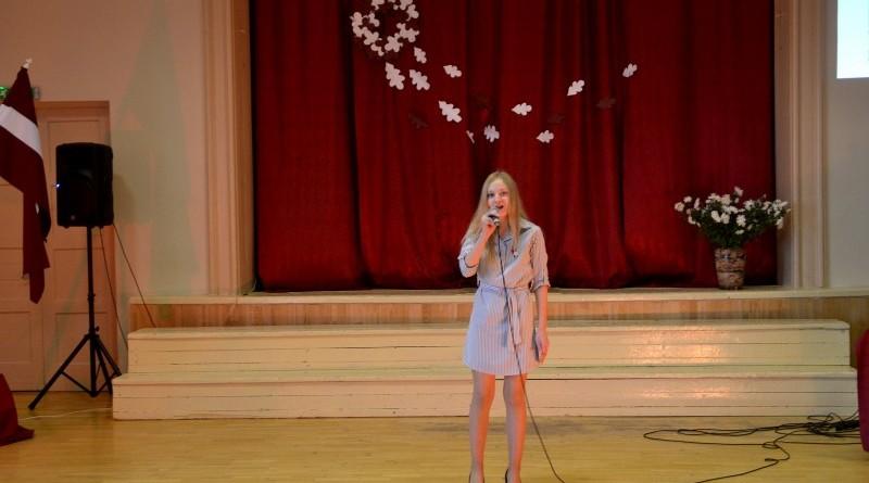 Valsts svētku koncerts Sabiles pamatskolā (5)