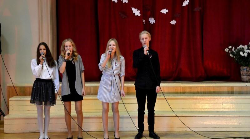 Valsts svētku koncerts Sabiles pamatskolā (7)