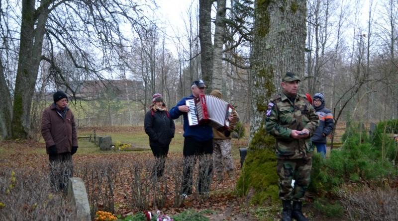 Zemessardzes veterānu organizētais piemiņas brīdis Valgales kapos_ 11_novembris (5)