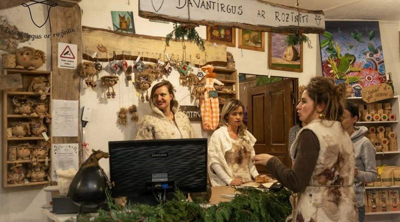 Sabile_Sarades namiņš_Dāvantirgus ar rozīnīti_2018_decembris (2)