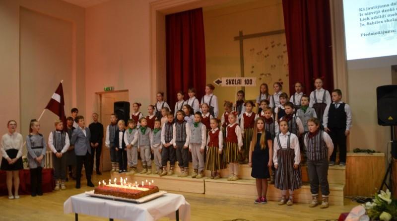 Sabiles pamatskola svin 100 jubileju (8)