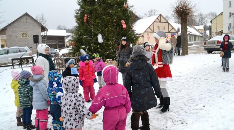 Ziemassvētku pasākums bērniem_Sabile_22 decembris_2018_Foto Dace Groskopa (13)
