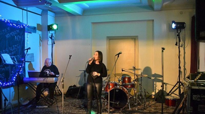 Koncerts_Sarades namiņa atjaunošanai_Sabiles kultūras namā_2018_12 janvārī (10)
