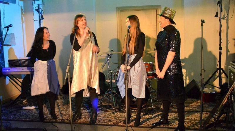 Koncerts_Sarades namiņa atjaunošanai_Sabiles kultūras namā_2018_12 janvārī (3)