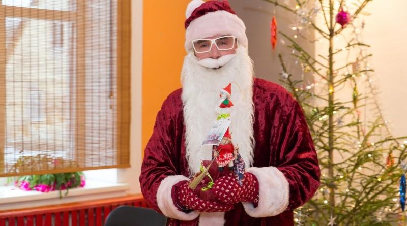 Sabiles kultūras nams un draugi Ziemassvētkos sveic Sabiles pensionārus_2018_decembris (12)