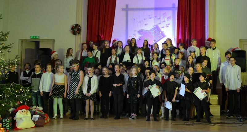 Ziemassvētku eglītes pasākums Sabiles pamatskolā (11)