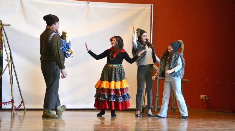 Sabiles kulturas nama bernu teatra pulcins_Atziniba_Ciganmeitens Ringla_2019_marts (14)