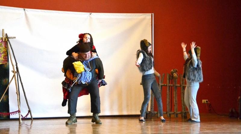Sabiles kulturas nama bernu teatra pulcins_Atziniba_Ciganmeitens Ringla_2019_marts (15)