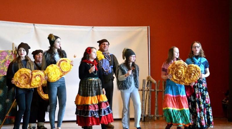 Sabiles kulturas nama bernu teatra pulcins_Atziniba_Ciganmeitens Ringla_2019_marts (16)