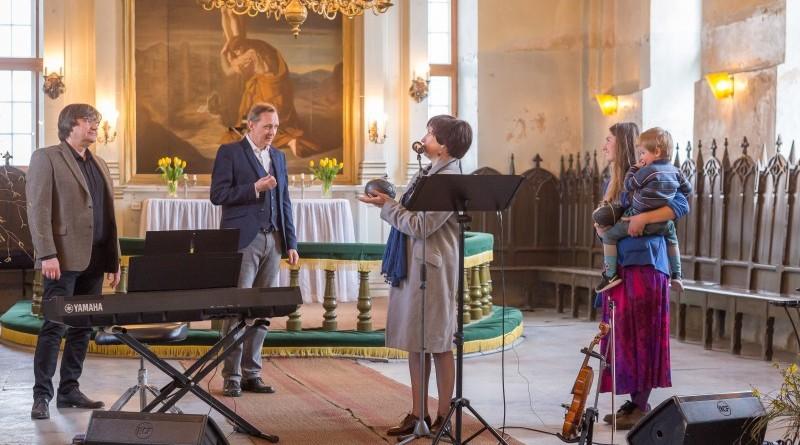 Janis Lusens un Zigfrids Muktupavels_Sabile_Labdaribas koncerts_Sarades namina atjaunosanai_2019_22 aprilis (25)