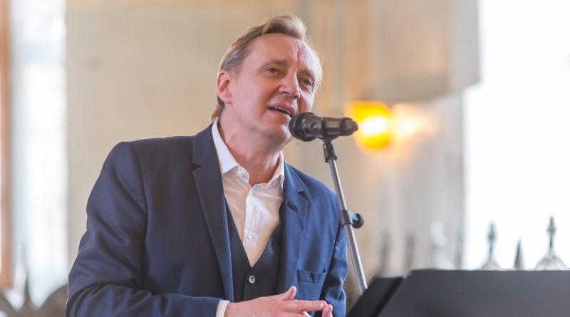 Janis Lusens un Zigfrids Muktupavels_Sabile_Labdaribas koncerts_Sarades namina atjaunosanai_2019_22 aprilis (33)