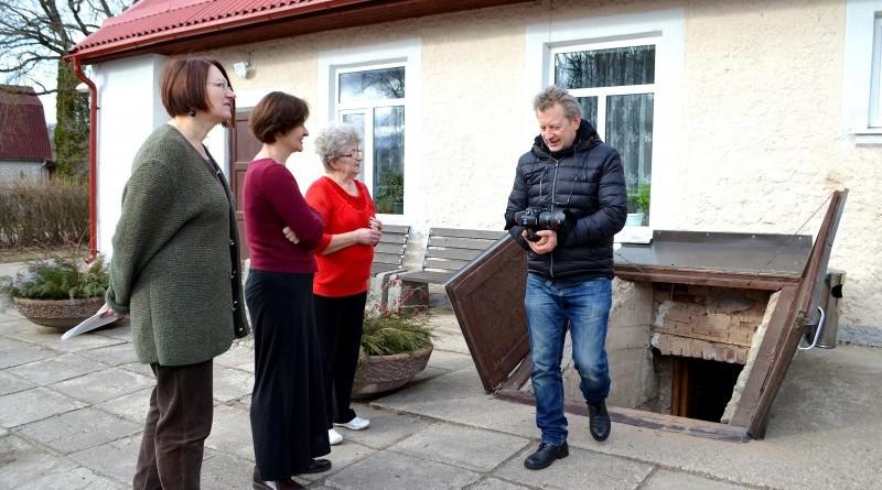 LTV1 filmēšanas grupa_raidījums_Saknes debesīs_Sabiles aprūpes biedrība_Kalme (13)