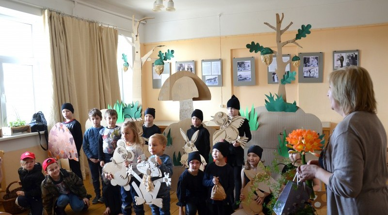 Sabiles bērnu leļļu teātra izrāde_režisore Sarmīte Jurjaka_2019_28 marts (11)