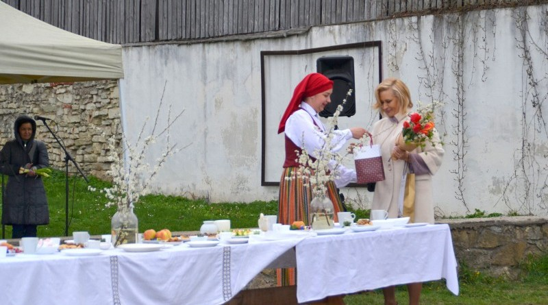 Sabile_Balta galdauta svetki_2019_4 maijs (23)