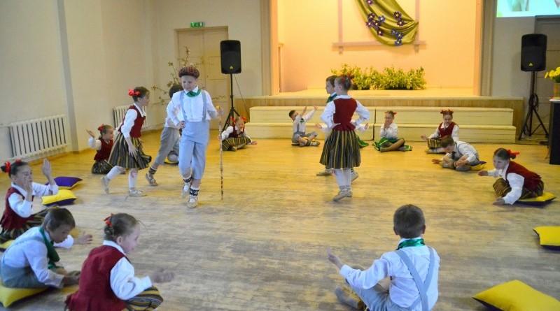 Sabiles pamatskola_Mates dienas koncerts_2019_10 maijs (10)