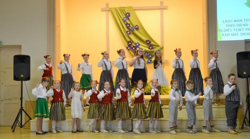 Sabiles pamatskola_Mates dienas koncerts_2019_10 maijs (5)